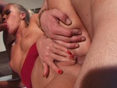 Sensational blondie chick gets anally smashed in a threesome